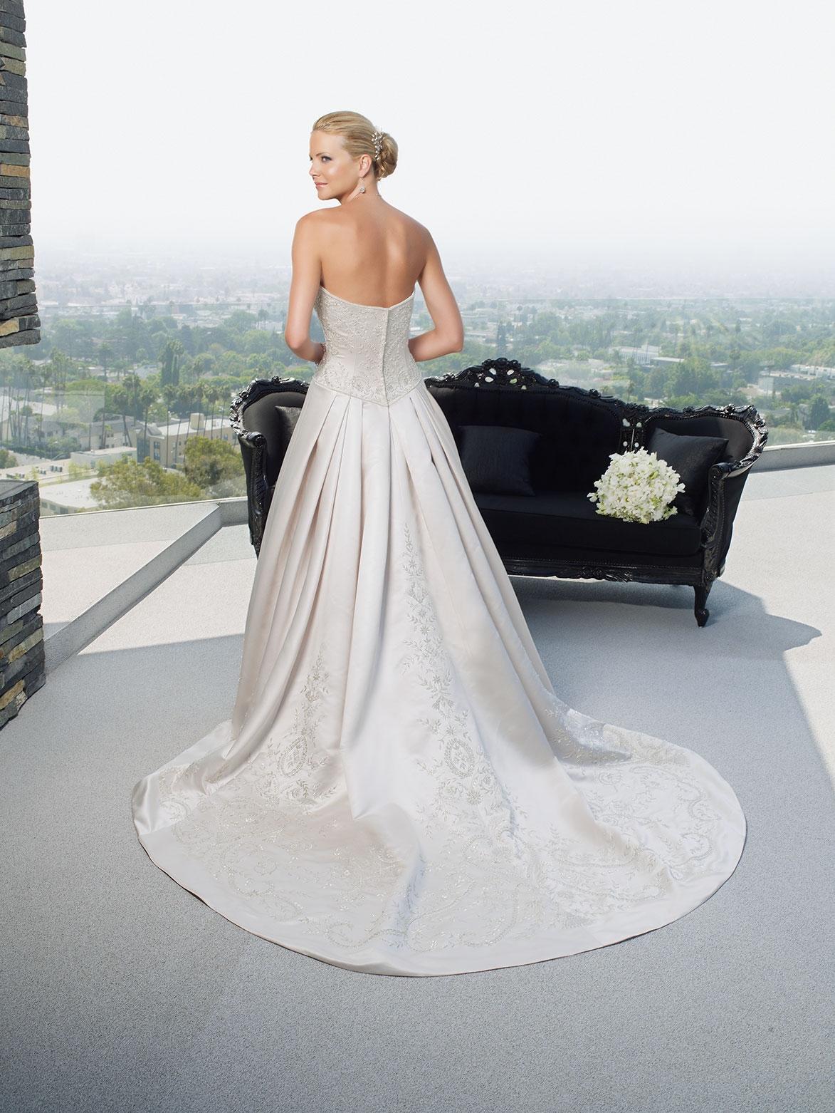 Style 1950 | Casablanca Bridal