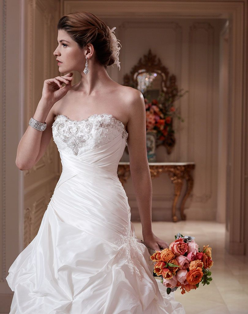 3ff6a52343d1a Style 2082 | Casablanca Bridal