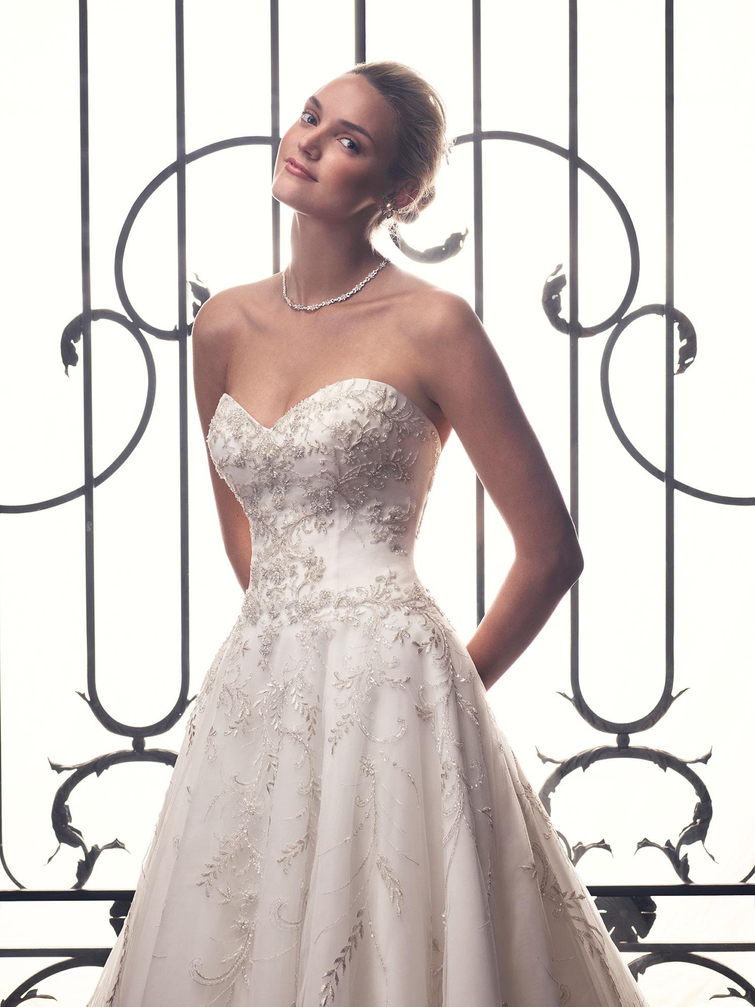 Style 2212   Casablanca Bridal