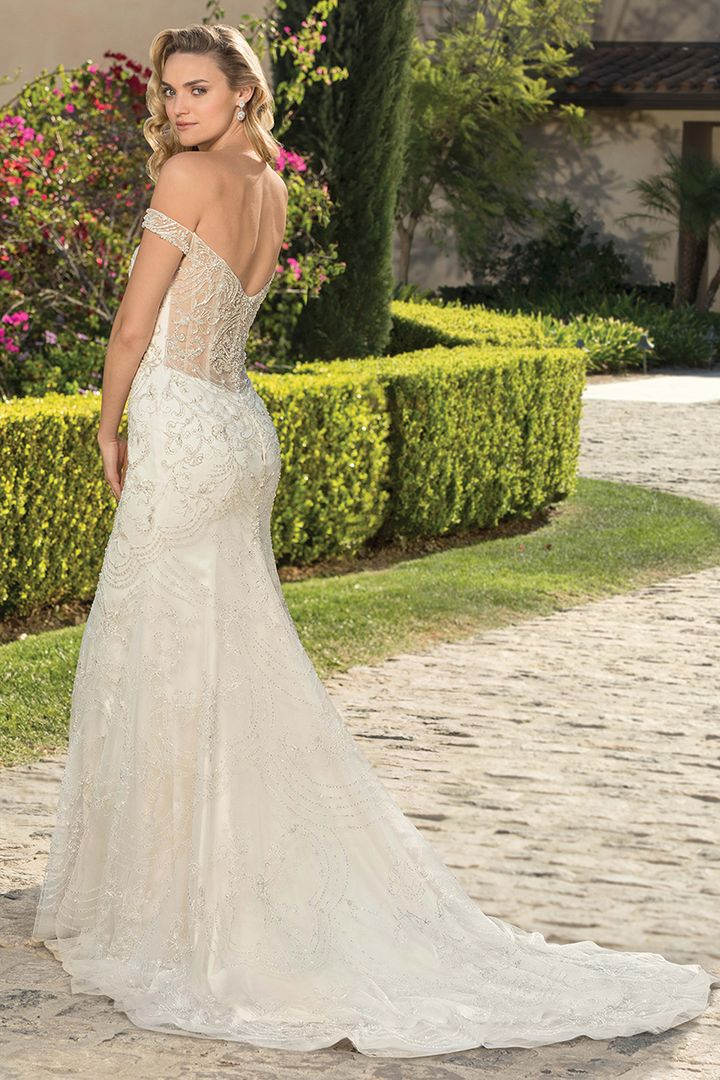 weddings ideas blog - wedding dresses - we offer wedding planning services in Philadelphia PA - wedding ideas blog by K'Mich - white Casablanca