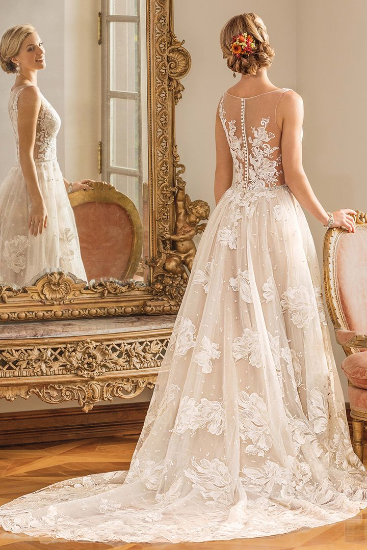 weddings ideas blog - wedding dresses - we offer wedding planning services in Philadelphia PA - wedding ideas blog by K'Mich - white floral Casablanca