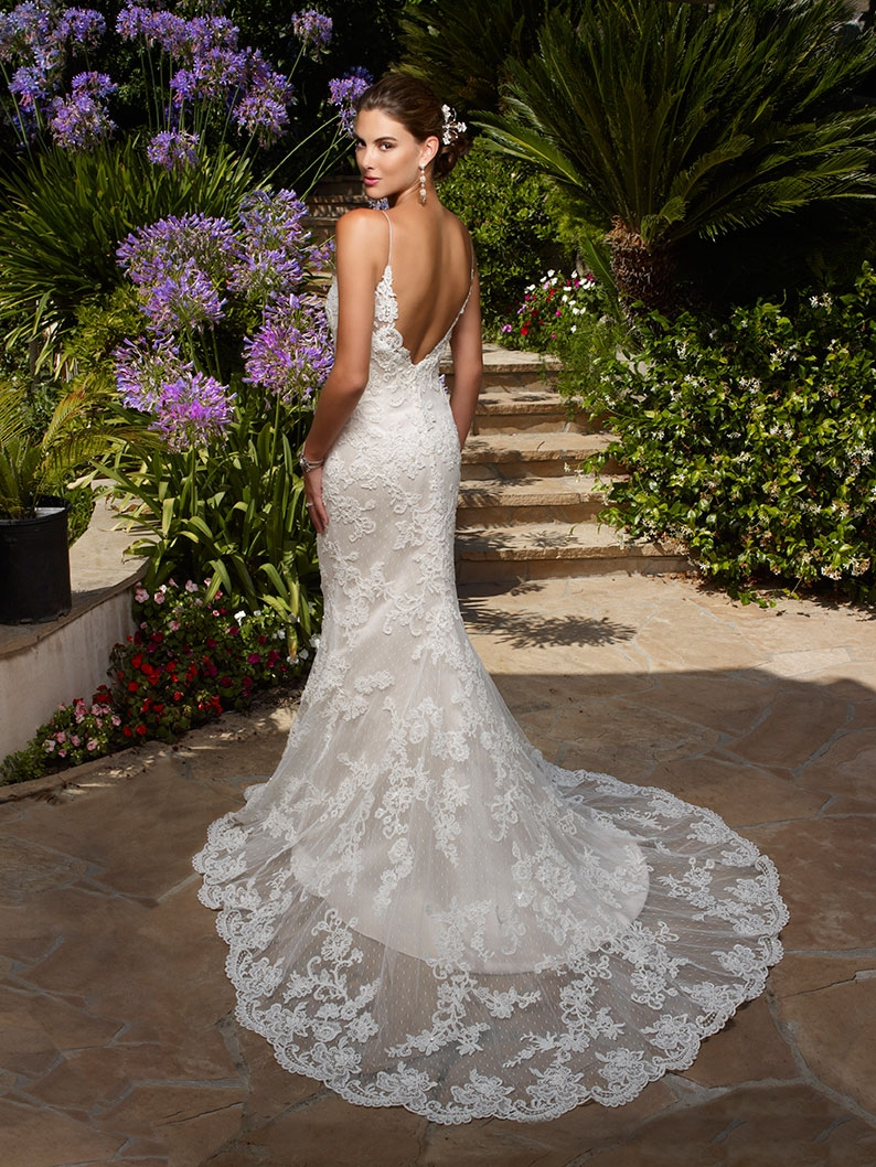 Top ten low back wedding dresses from casablanca bridal for Lace low back wedding dress