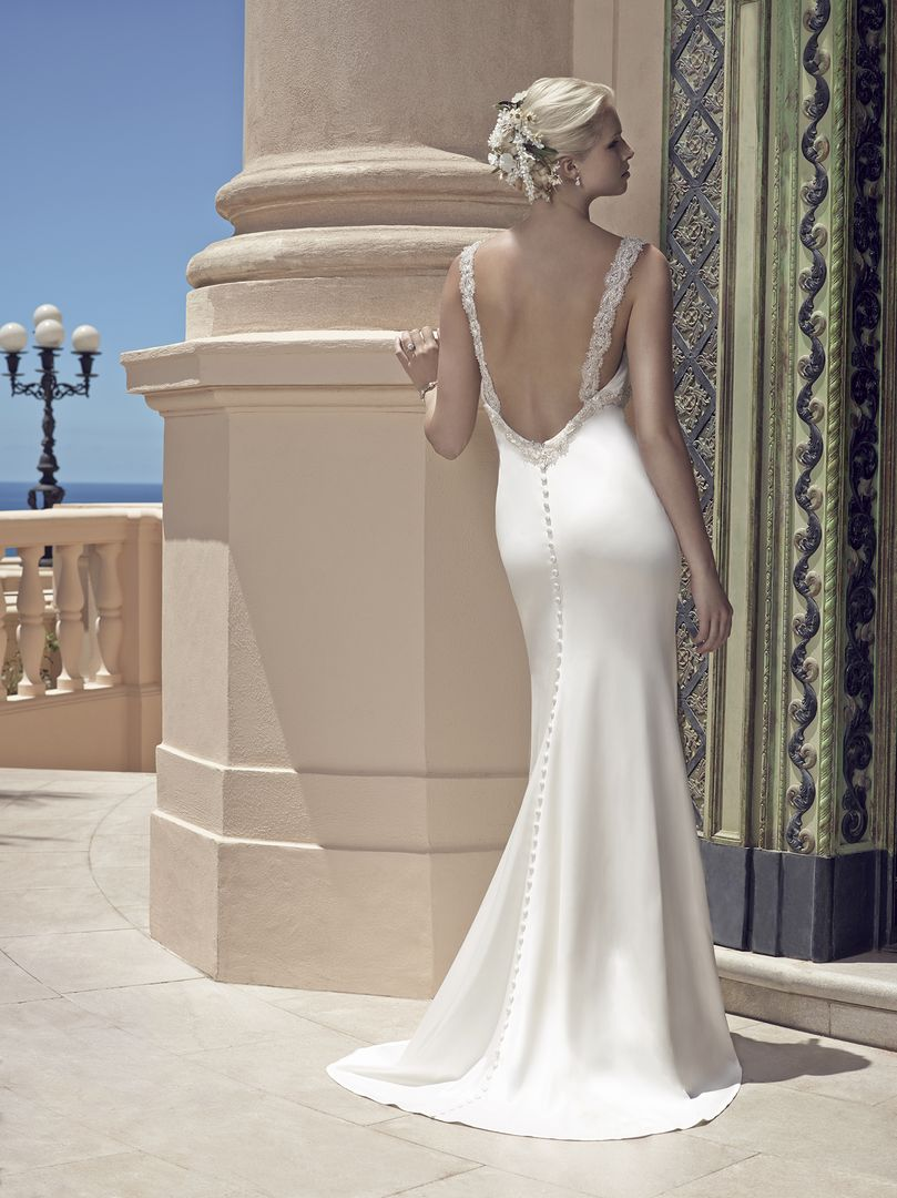 Straight Backless Wedding Dress