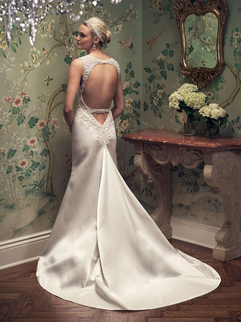 low-back-wedding-dresses