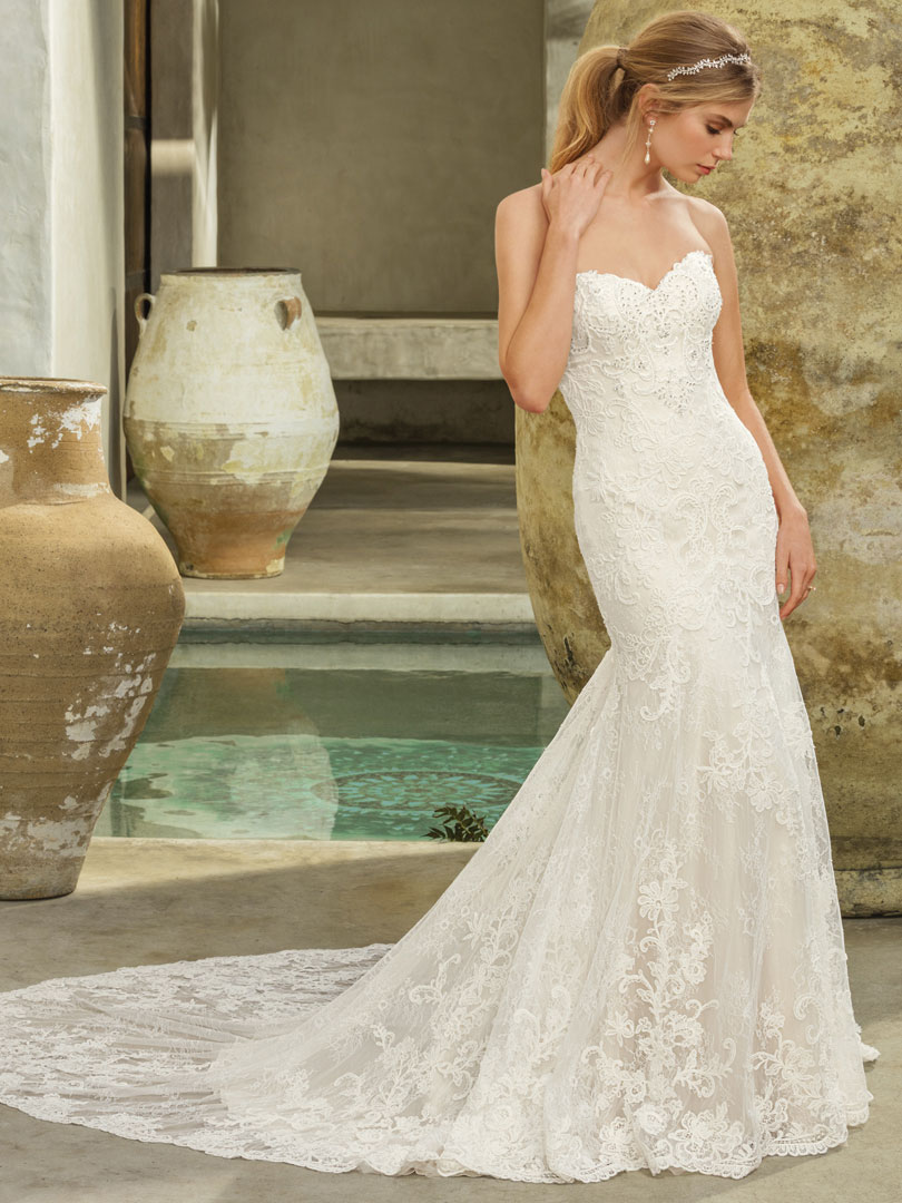 Two Looks in Lace Casablanca Bridal Style #2294 Avery / Blog ...