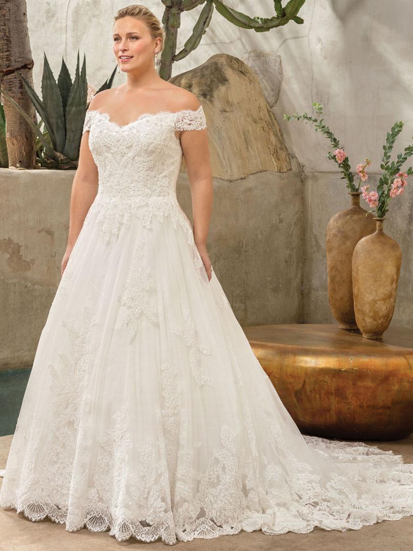 Off-the-Shoulder Lace Gown for the Princess Bride   Casablanca ...
