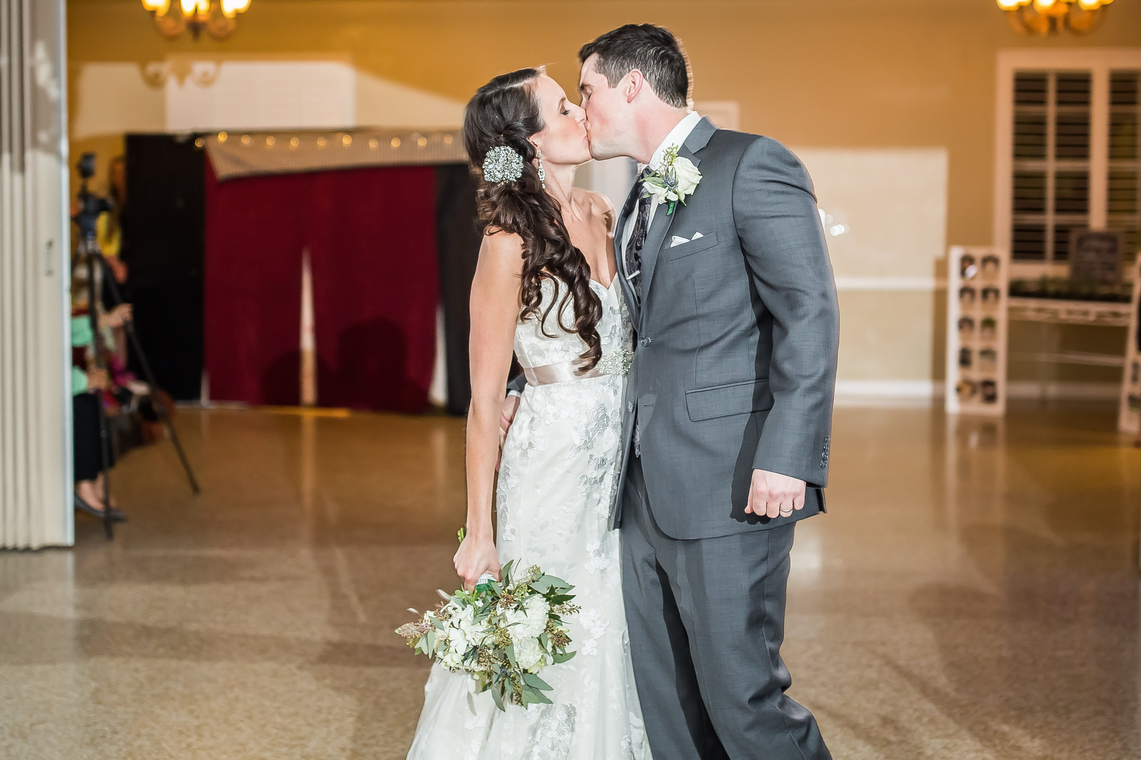 for any florida bride wondering where to buy a wedding dress or looking for florida wedding vendors meryl and matthews wedding can serve as inspiration