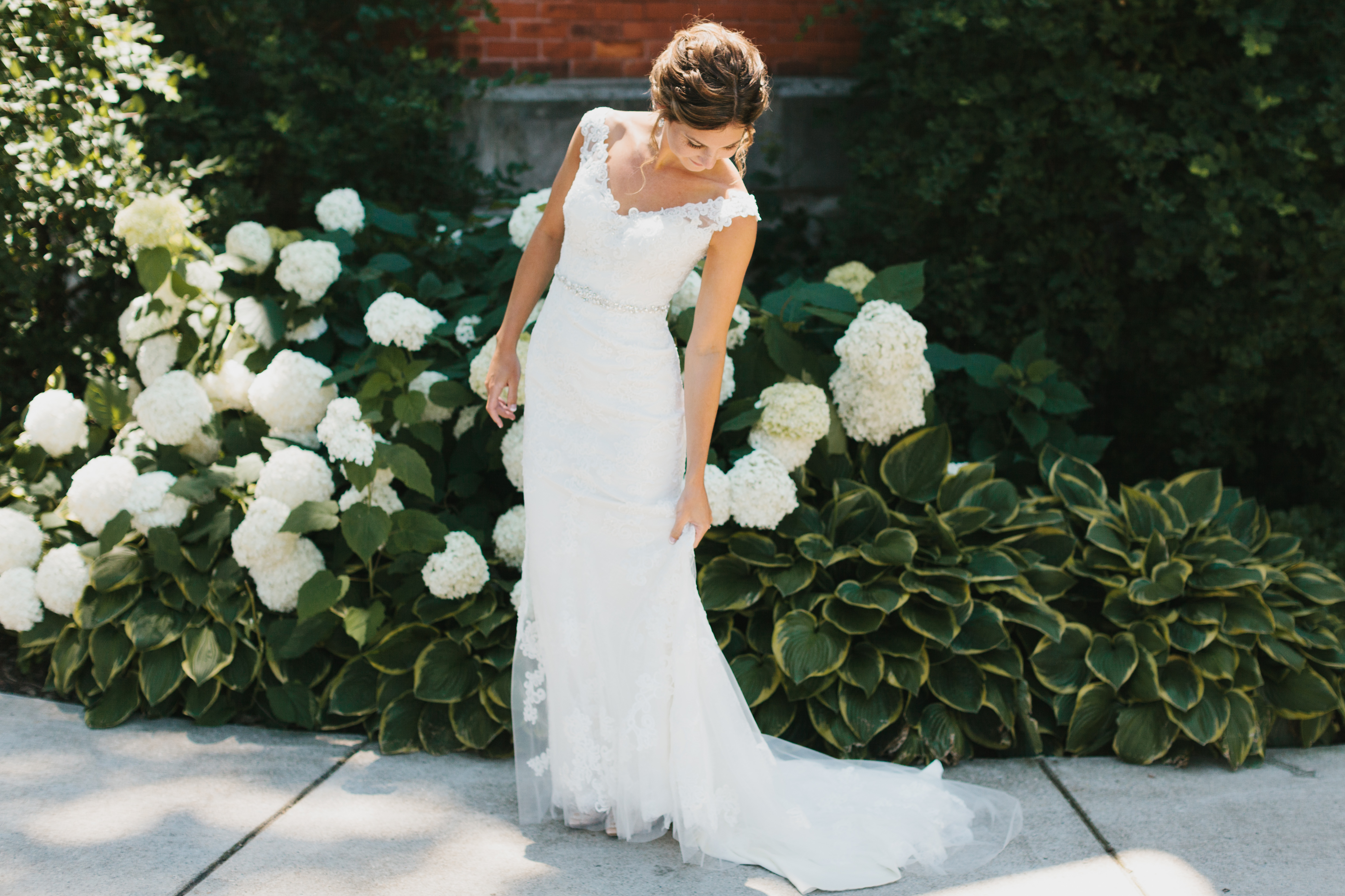 Lovely in Lace: A Lakeside Wedding in Michigan / Blog / Casablanca ...